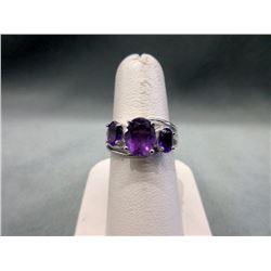 Stunning diamond & Amethyst Dinner Ring