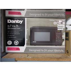 New Danby 0.7 Cubic Foot Microwave - 700 Watt