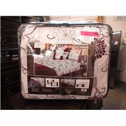 New Queen Size 7 Piece Comforter Set