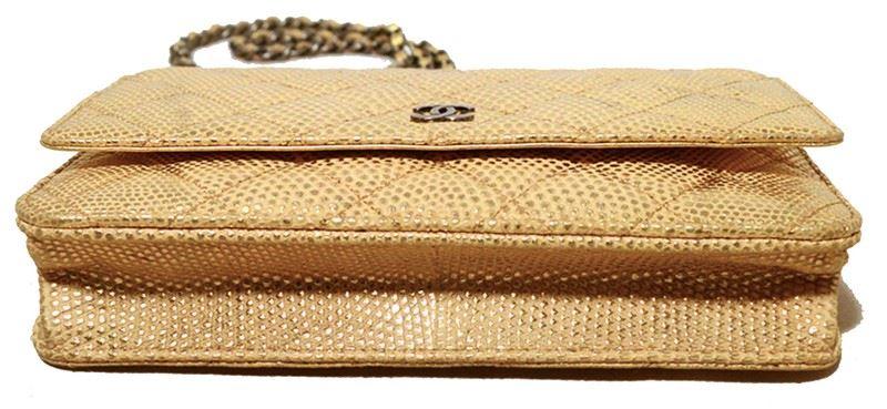 dd21934ec7339d ... Image 3 : Fabulous Chanel Gold Lizard Classic Wallet on a Chain WOC Rare  ...