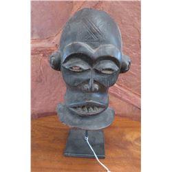 Chihongo Mask w/Stand