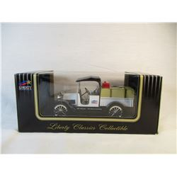 """Liberty Classics Collectibles UBC 6""""Die Cast 1916 Studebaker"""