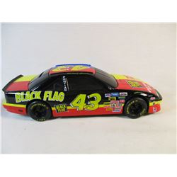#51 1994 Die Cast Bank with Lock 1:24 Scale