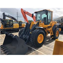 2009 VOLVO L60F WHEEL LOADER; VIN/SN:61970 - GP BUCKET, FORKS, ECAB W/ AC, 20.5R25 TIRES, 1,421 HOUR