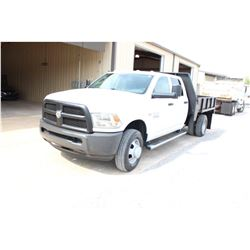 2013 DODGE 3500 FLATBED TRUCK; VIN/SN:3C7WRSCT8DG565148 - CREW CAB, V8 GAS, A/T, AC, 9' STEEL FLATBE