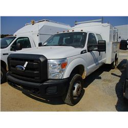 2011 FORD F350 SERVICE TRUCK, VIN/SN:1FD8W3H64BEC69342 - CREW CAB, V8 GAS ENGINE, A/T, OMAHA COVERED