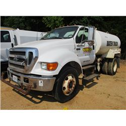 2004 FORD F750 WATER TRUCK, VIN/SN:3FRTF75N4V103059 - S/A, CAT DIESEL ENGINE, 6 SPD TRANS, 2,000 GAL