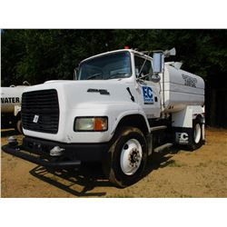 1996 FORD AERO MAX L9000 WATER TRUCK, VIN/SN:1FTY595W4TVA29166 - CAT DIESEL ENG, 6 SPEED TRANS, WATE
