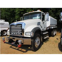 2007 MACK CTP713 WATER TRUCK, VIN/SN:1M2AT04Y37M006594 - T/A, 405HP MACK MP7 ENGINE, 8 SPEED TRANS,