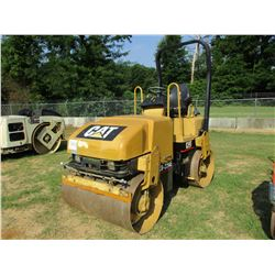 CAT CB224E ROLLER, VIN/SN:8RZ01062 -TANDEM, VIBRATORY DRUMS, WATER SYSTEM, ROLL BAR, METER READING 9
