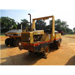 HYPAL C530A ROLLER, VIN/SN:A091C4519U - PNEUMATIC, WATER SYSTEM, ROLL BAR, METER READING 2,330 HOURS