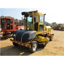 2010 SUPERIOR DT80J BROOM, VIN/SN:810981 - WATER SYSTEM, ECAB W/AC, METER READING 1,785 HOURS