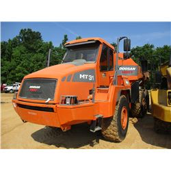 2010 DOOSAN MT31 ARTICULATED DUMP, VIN/SN:H30730076 - TAILGATE, 23.5R25 TIRES, REAR CAMERA, ECAB W/A