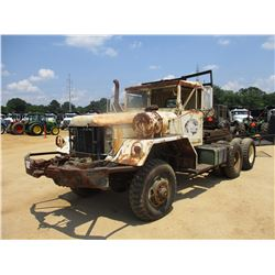 MILITARY TRUCK TRACTOR, - T/A, 6X6, DIESEL ENGINE, 5 SPEED TRANS, FRONT WINCH, HEADACHE RACK, 11.0-2