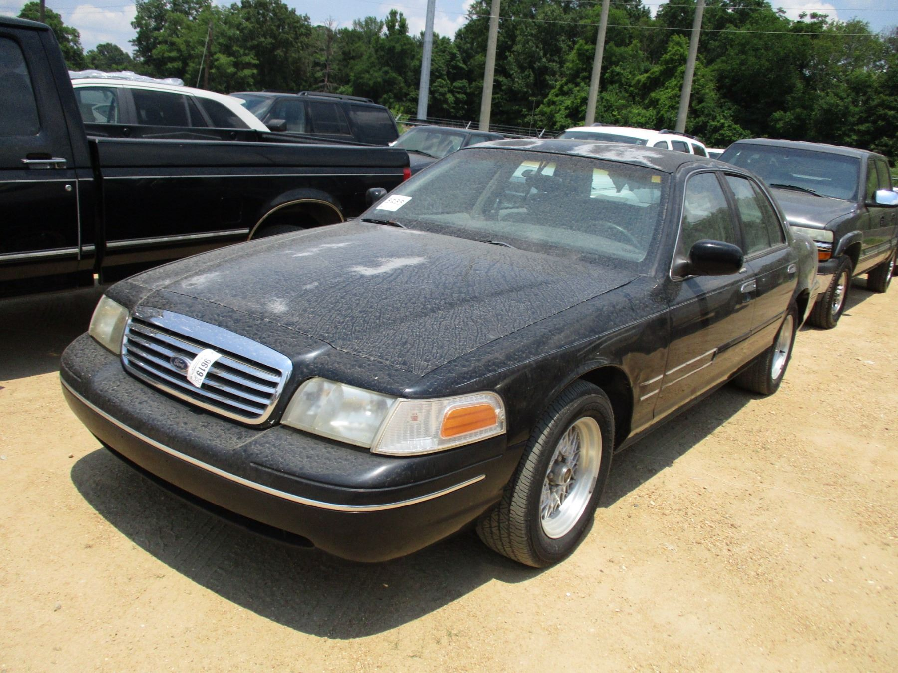 1998 crown victoria engine