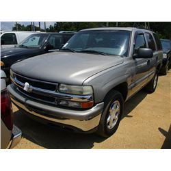 2000 CHEVROLET TAHOE SUV, VIN/SN:1GNEC13T3YJ167085 - GAS ENGINE, A/T, ODOMETER READING 206,002 (REBU