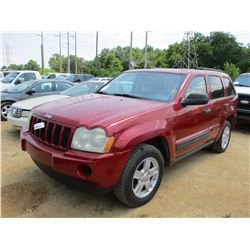 2005 JEEP GRAND CHEROKEE, VIN/SN:1J4GR48K15C539776 - 4X4, GAS, A/T, ODOMETER READING 131,800 MILES