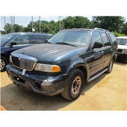1998 LINCOLN NAVIGATOR SUV, VIN/SN:5LMEU27L3WLJ08893 - GAS ENGINE, A/T, ODOMETER READING 258,748 MIL