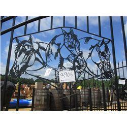 20' IRON GATE W/POST, HORSE HEAD SCENE