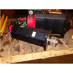 FANUC A06B-0157-B075#7000 a40/2000 AC SERVO MOTOR ** CRACKED RED CAP!! SEE PICS!!