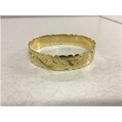 14 KT YELLOW GOLD ORNATE FLORAL BANGLE