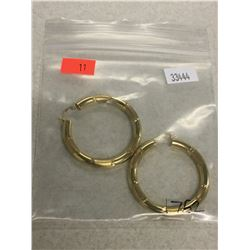 PAIR OF 14 KT YELLOW GOLD EARRINGS