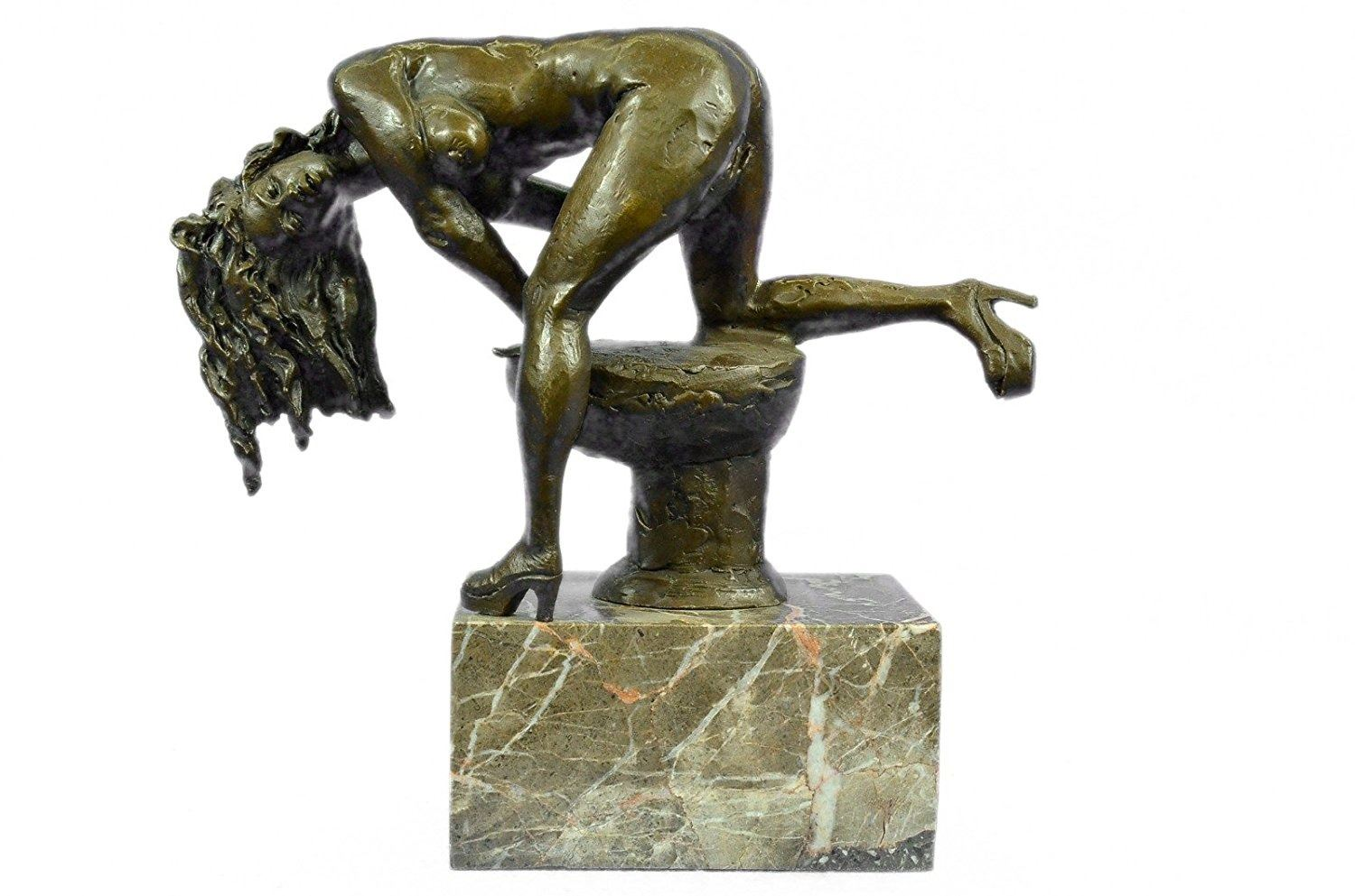 Nude Female Bronze Sculpture on Marble Base Statue