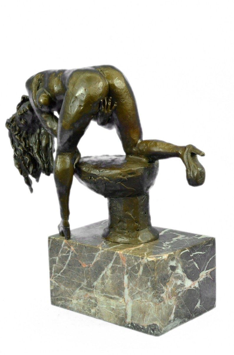 Antique French Nude Bronze Sculpture of a Woman with
