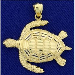 Sea Turtle Pendant in 14K Yellow Gold