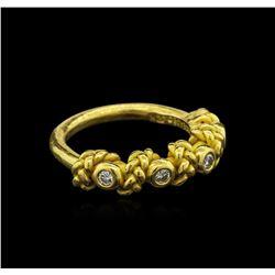 0.30 ctw Diamond Ring - 22KT Yellow Gold