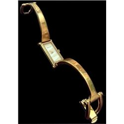 Authentic Gucci Ladies Gold Bracelet Wrist Watch