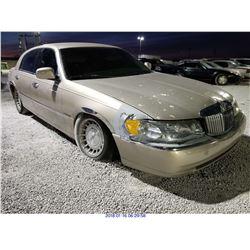 1998 - LINCOLN TOWN CAR