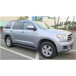 2012 Toyota Sequoia - Only 19,308 Miles! 5.7L, V8, 3rd Row Seating