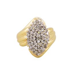 10KT Yellow Gold 1 ctw Diamond Cluster Ring