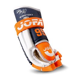 Wayne Gretzky Signed Oilers Jofa Hockey Glove (UDA COA)