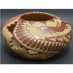 JEMEZ POTTERY JAR (TAFOYA)