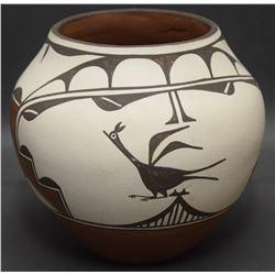 ZIA POTTERY JAR (GACHUPIN)