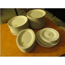 33 round 11 oval 9 saucers 2 assorted
