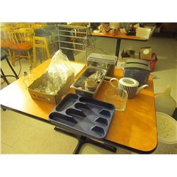 Bag holder, straw & napkin dispenser, S & P holders, cutlery tray, teapot, glass heart