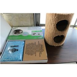 LOT OF PETSAFE CRYSTAL CAT LITTER TRAYS AND SCRATCH POST CAT HOUSE