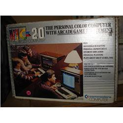 COMODORE VIC-20 COMPUTER