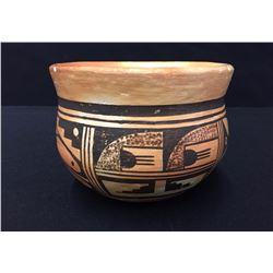 Vintage Handmade Hopi Pot
