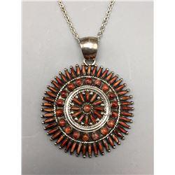 Needlepoint Spiny Oyster Necklace