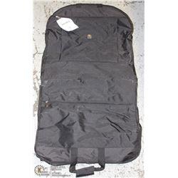 NIB BLACK DELSEY GARMENT BAG 45845BK -ON CHOICE-