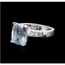 14KT White Gold 4.93 ctw Aquamarine and Diamond Ring