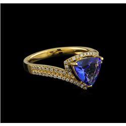 14KT Yellow Gold 1.03 ctw Tanzanite and Diamond Ring
