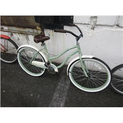 "Huffy ""Cranbrook"" Ladies Fat Tire Bike"