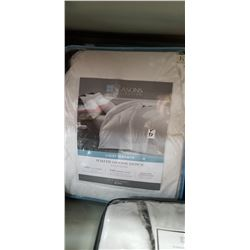 King White Goose Down Comforter