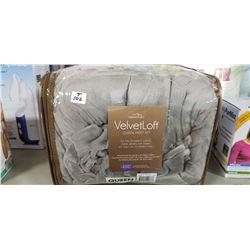 Queen Sheet Set in Velvet