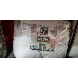 Queen 4 piece comforter set